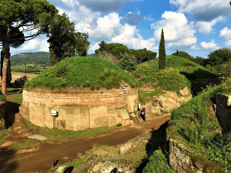 Find Out the Etruscan Necropoli